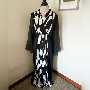 Vintage 1970s Hostess Gown